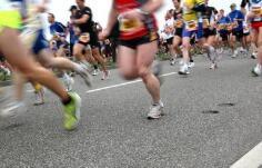 2018葡京开户国际马拉松鸣枪开跑